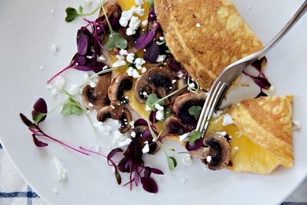 mushroom-microgreen-omelet-6-8170459