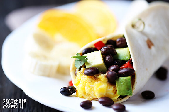 black-bean-and-avocado-breakfast-burritos-1-8385356