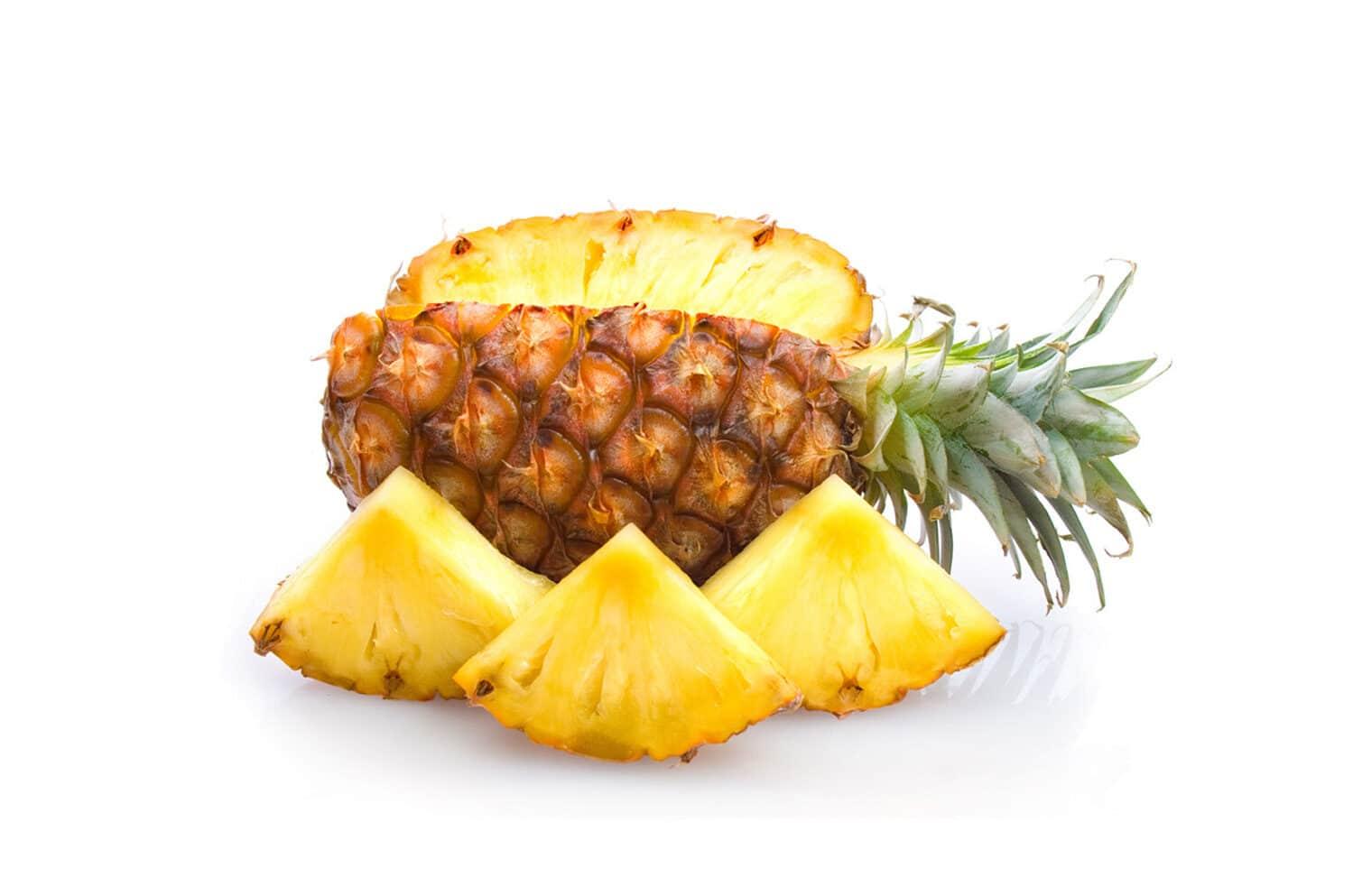 pineapple-fruit-with-amazing-health-benefits1-3858692