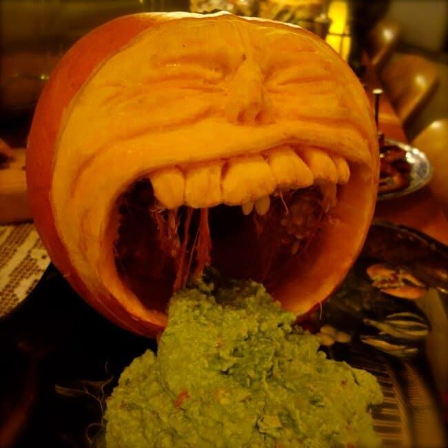 spewing-guacamole-pumpkin-dsc00213-9995822